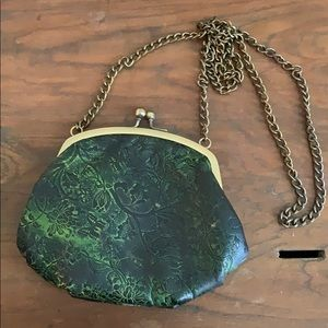 Small Vintage Look Chain Purse